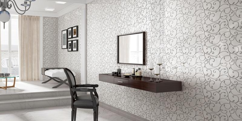 Decor tile